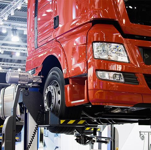 Castres Diesel assure la réparation, l'entretien des poids lourds ainsi que la vente de pièces détachées toutes marques à Castres.